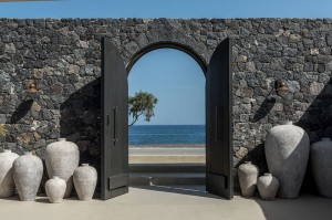 santorini-hotels-